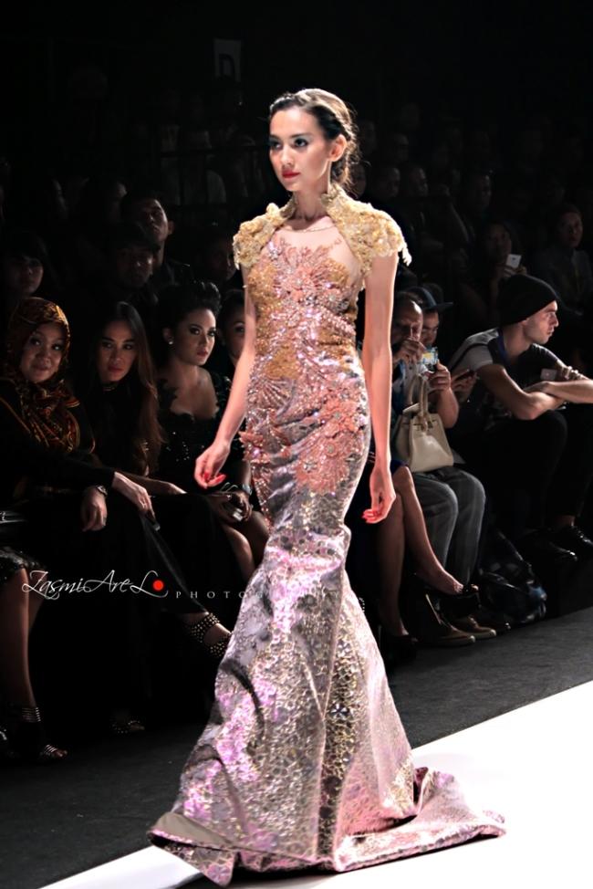 Zasmi Arel_Jakarta Fashion Week_002