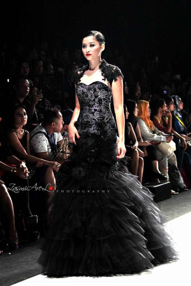 Zasmi Arel_Jakarta Fashion Week_004