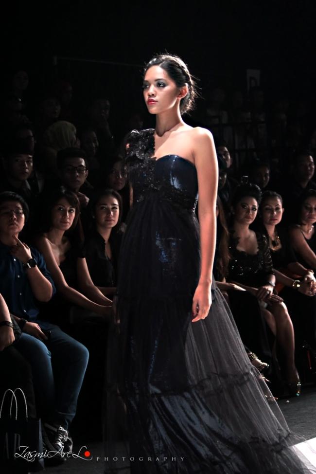 Zasmi Arel_Jakarta Fashion Week_005