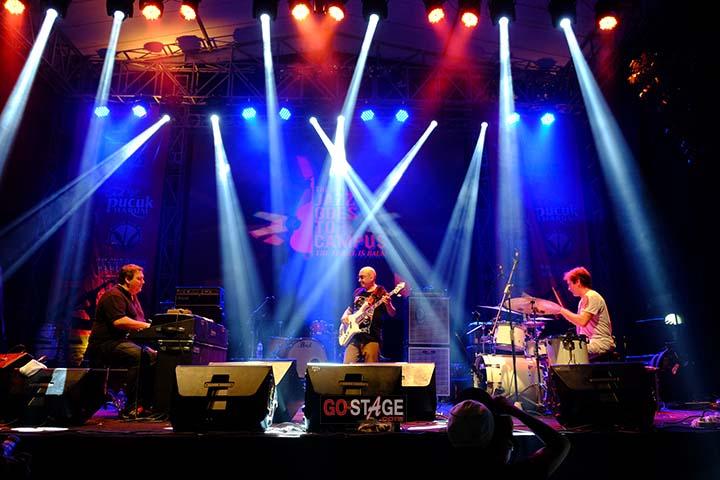 Eric Legnini Trio - Photo by Iwan Suryana